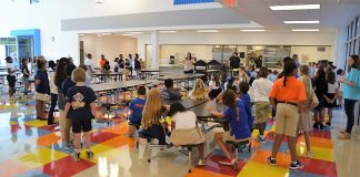 Students learn new lunch procedure